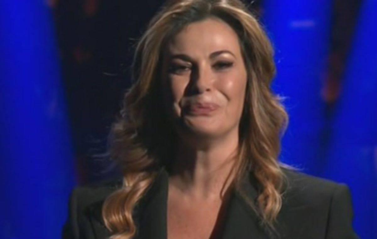 """Striscia la Notizia, """"Bisio umilia Vanessa Incontrada"""": le ..."""