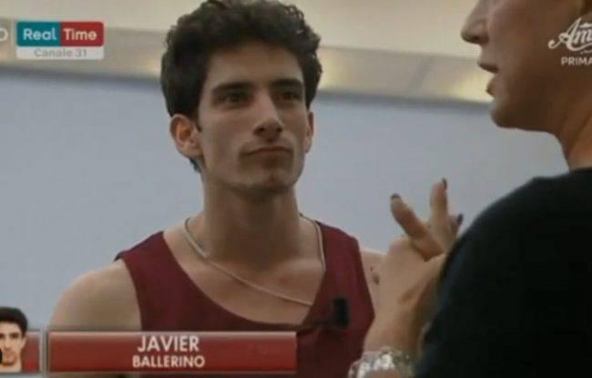 Amici 19 Javier reazione