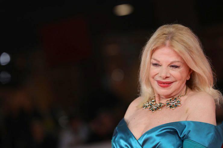"""Sandra Milo si racconta a 'Domenica In', retroscena choc sul suo passato: """"Ho affrontato 44 processi, quasi più di Berlusconi"""""""