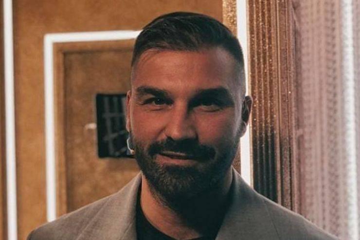 Giovanni Conversano replica alle parole di Elga Enardu dopo quanto accaduto a Domenica Live: il duro sfogo sui social dell'uomo