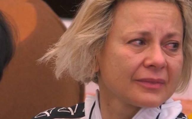 Le lacrime di Antonella Elia: