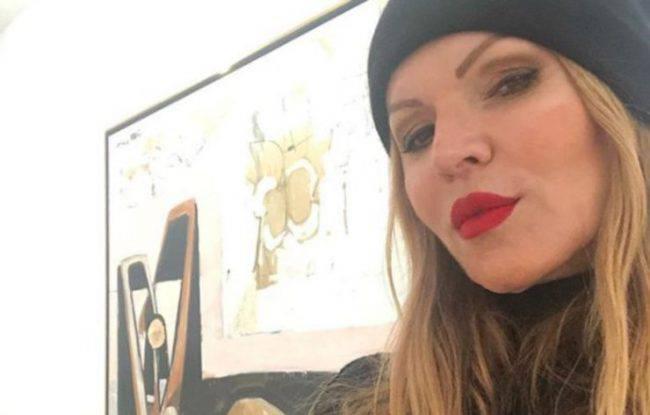 Il bacio tra Michele Cucuzza e Rita Rusic al Grande Fratello Vip