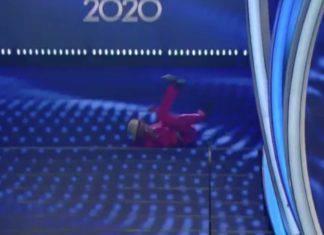 Sanremo 2020, agitazione in teatro, l'ospite 'precipita' rovinosamente dalle scale dell'Ariston: scopriamo cos'è successo