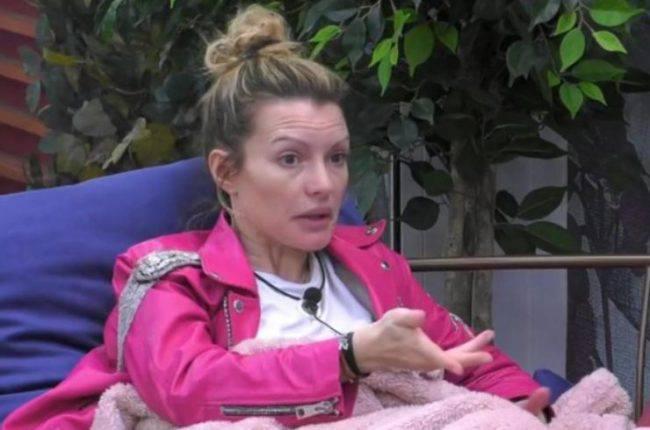 GF Vip, Teresanna Pugliese in crisi: litiga con Zequila, poi si sfoga