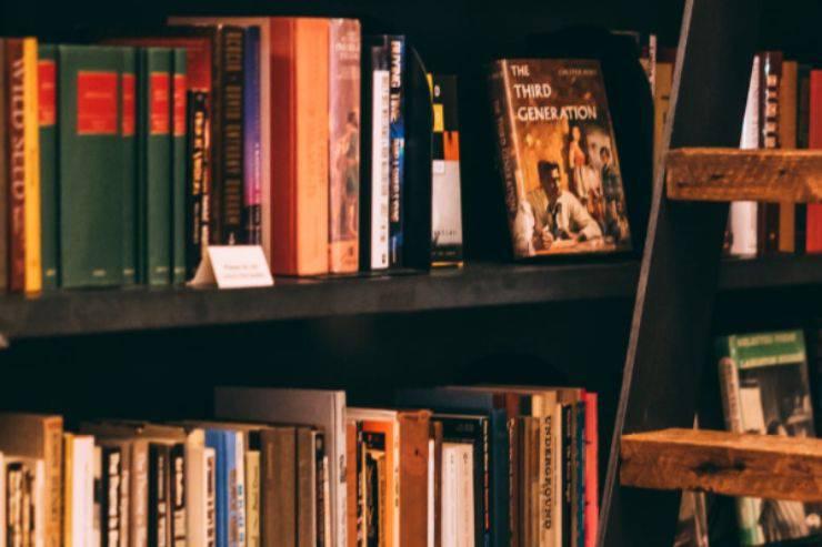 Adolescenza, come affrontarla leggendo: i migliori libri per ragazzi e ragazze