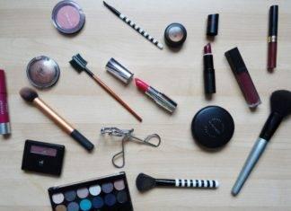 Quarantena, trattamenti fai da te: come prendersi cura di pelle e capelli