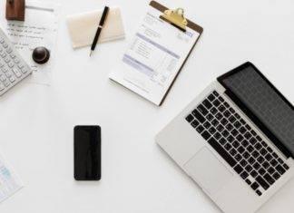 Smart Working, pro e contro: come combattere il mal di schiena