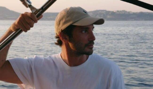 Stefano De Martino, cosa gli scappa sulla Rodriguez a Made in Sud