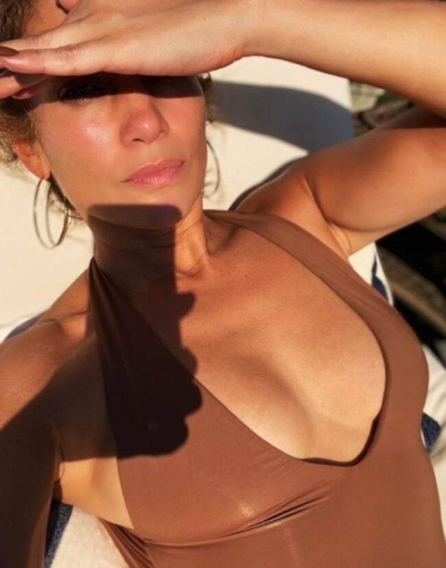 Jennifer Lopez in costume