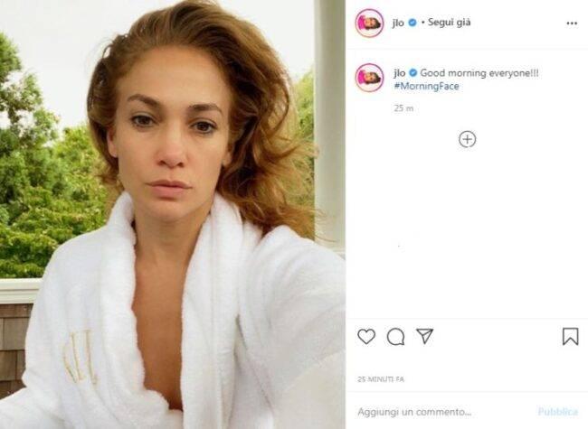 Jennifer Lopez appena sveglia