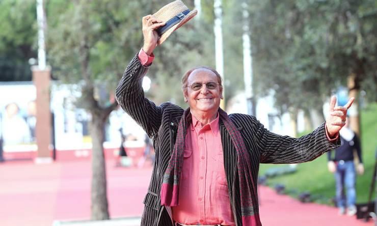 'Confidiamo nel tuo talento' le parole per Stefano De Martino arrivano dal grande Renzo Arbore