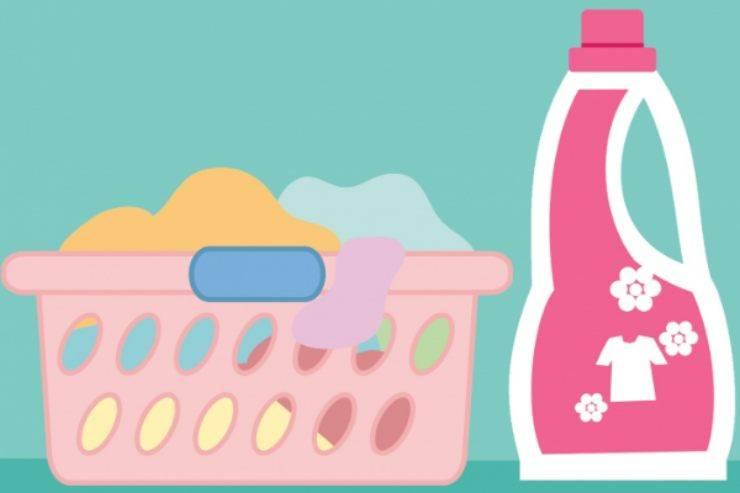 Abbigliamento, consigli utili per il lavaggio: ogni quanto vanno lavati e come