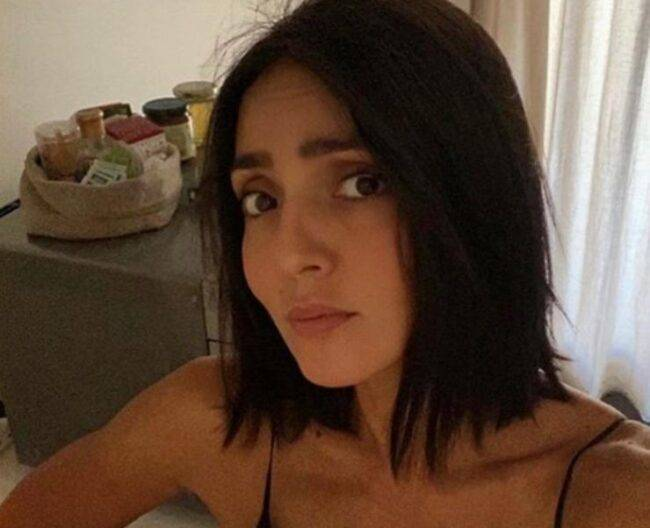 Ambra Angiolini si mostra sul suo profilo senza trucco: al naturale incanta i social, numerosi sono stati i messaggi di apprezzamento