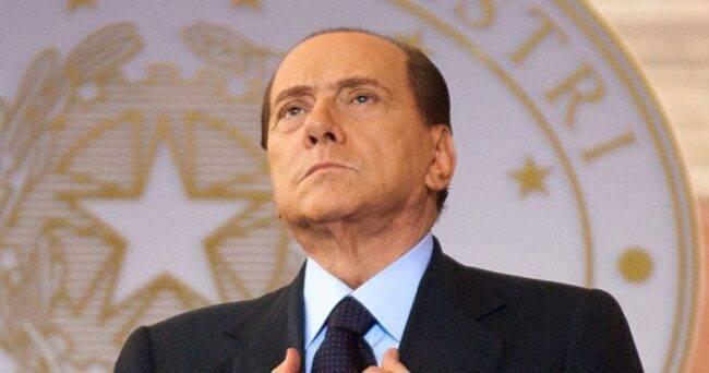 Berlusconi dimesso
