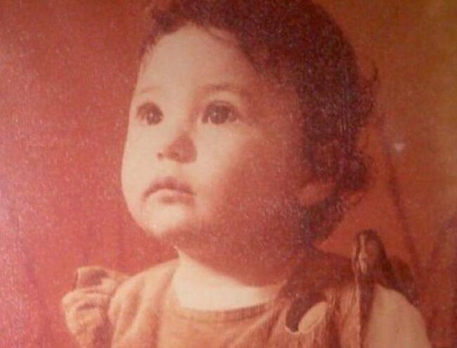 La riconoscete? Qui era solo una bambina, adesso è una delle concorrenti più belle del Grande Fratello Vip