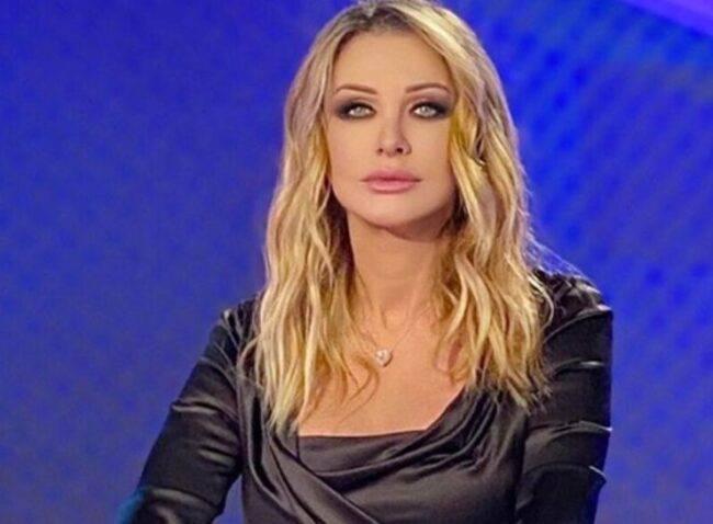 Paola Ferrari lascia La Domenica Sportiva: nuova conduzione in arrivo per la nota giornalista