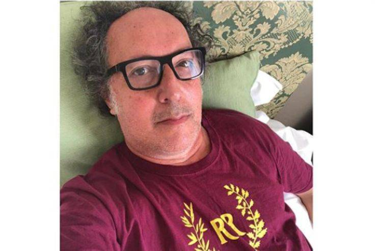 """Gf Vip, Fulvio Abbate ne ha per tutti: """"Non si resiste con queste squinzie..."""""""