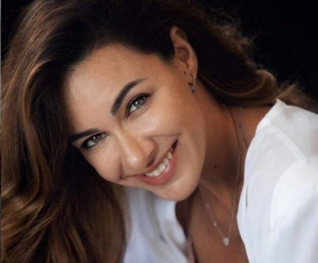 Melita Toniolo look