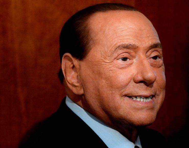 """Silvio Berlusconi, parla il dottor Zangrillo : """"Parametri rassicuranti"""""""