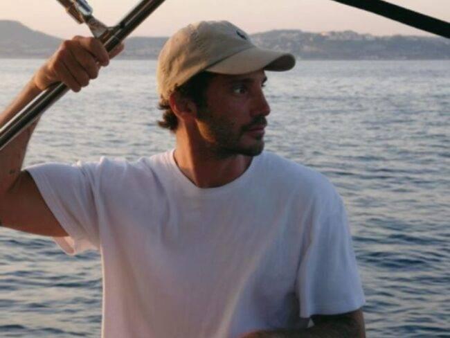 """Stefano De Martino, """"mi sei mancato"""": i due amici si ritrovano finalmente insieme dopo mesi di allontanamento"""
