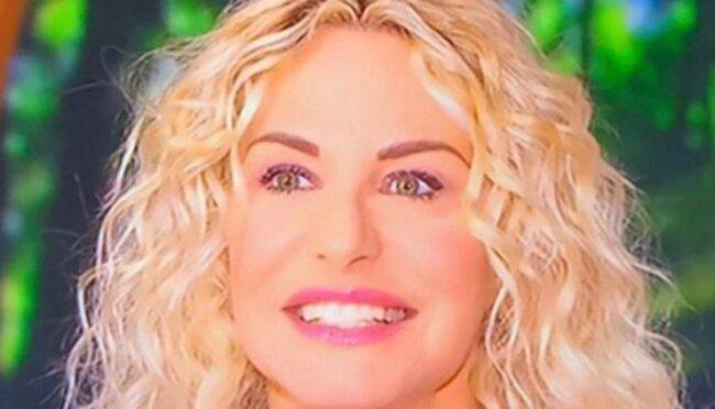 Antonella Clerici titolo studio