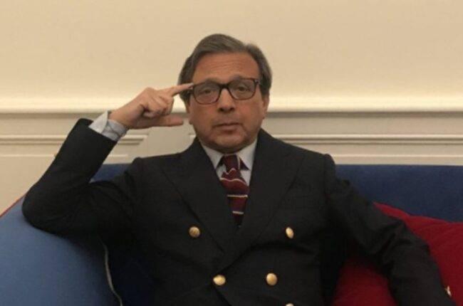 """Piero Chiambretti si sfoga dopo la morte del papà di Totti: """"Morire di Covi fa davvero rabbia"""""""