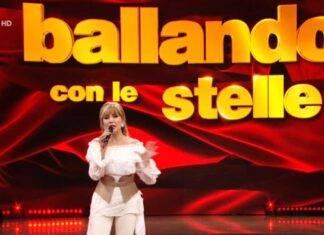 """Ballando con le Stelle, Milly Carlucci è costretta ad intervenire :"""" Adesso vai a scusarti"""" (Screen Raiplay)"""