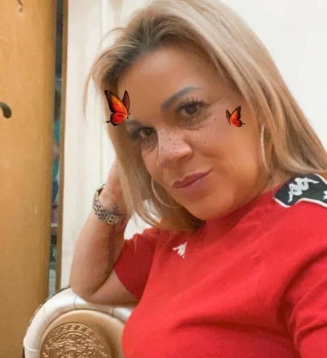 Angela da Mondello diventa cantante: sul web scoppia la polemica sul suo singolo