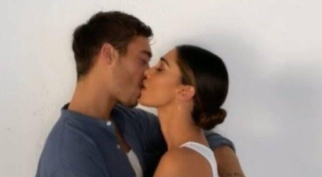 belen bacio antonino