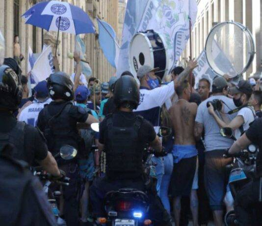 Maradona veglia funebre