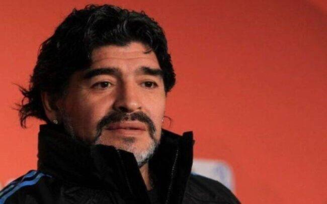 Maradona De Magistris