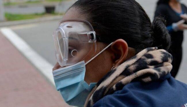 Coronavirus, nuovo allarme: importante proteggere anche gli occhi per evitare il contagio