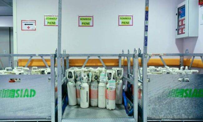 Emergenza Covid, è allarme: carenza di ossigeno, mancano le bombole
