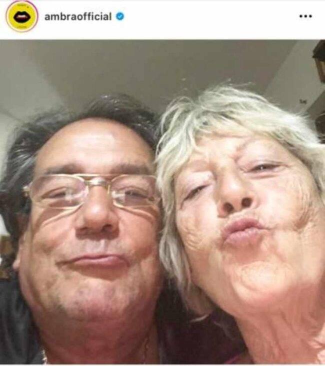 Ambra Angiolini genitori