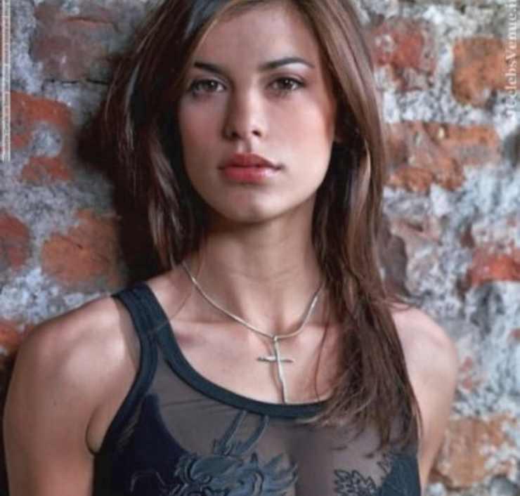 Elisabetta Canalis, ecco com'era 20 anni fa, bellissima proprio come oggi