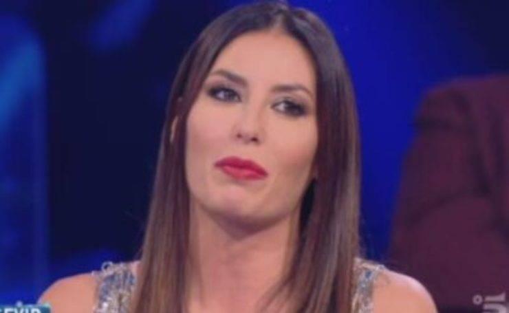 Elisabetta Gregoraci in videochiamata con Oppini perde completamente le staffe: cos'è successo