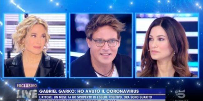 """Gabriel Garko confessa: """"Ho avuto il covid"""", l'ha svelato a Live"""