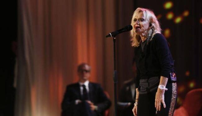 Terribile lutto per l'amatissima cantante Rita Pavone
