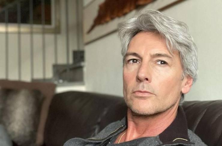 Il dolore di Roberto Farnesi: una perdita devastante arrivata troppo presto per l'amatissimo attore