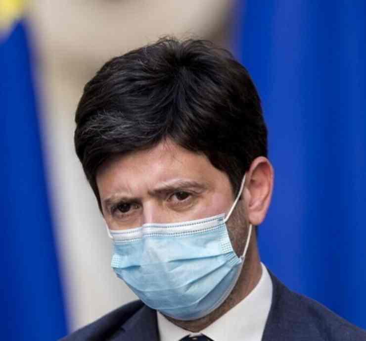 Covid Italia Roberto Speranza