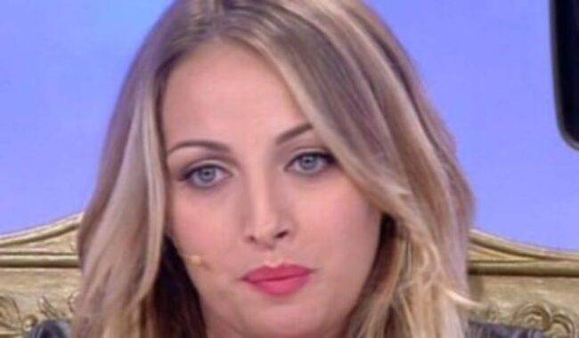 Rossella Intellicato è diventata mamma per la prima volta: fiocco azzurro per l'ex tronista.