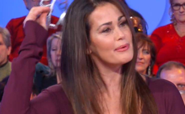 Samantha De Grenet corona