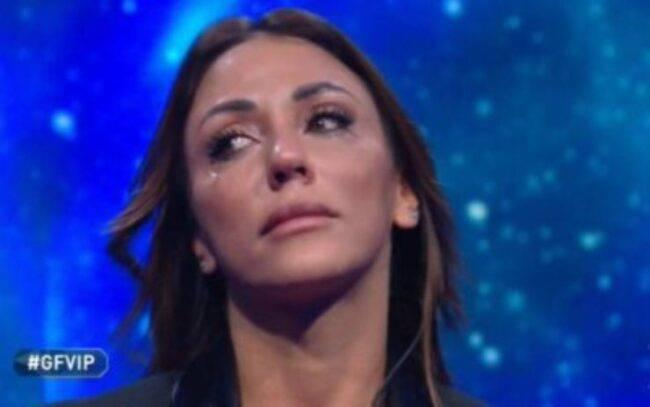"""Selvaggia Roma, """"Lacrime False"""": l'attacco arriva proprio da lei"""