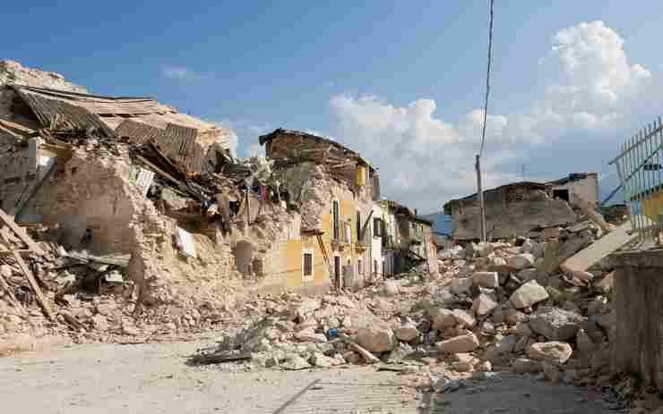 Scossa Sud Italia