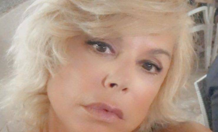 Anna Pettinelli figlia