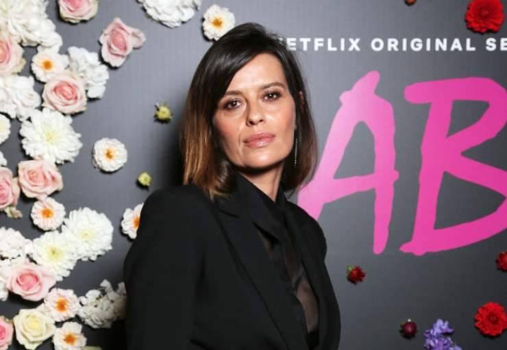 Claudia Pandolfi si mostra 'in dolce attesa': lo scatto col pancione è meraviglioso, immensa bellezza!