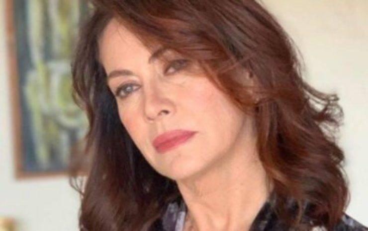 Elena Sofia Ricci, l'avete mai vista il giorno del suo matrimonio? Resterete senza parole, ha indossato un meraviglioso abito