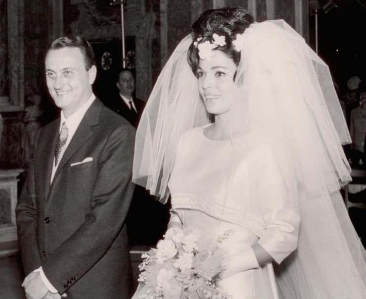 Valeria Fabrizi, spunta la foto del giorno del suo matrimonio: l'avete mai vista? L'attrice è bellissima nel suo abito bianco, insieme al suo amato