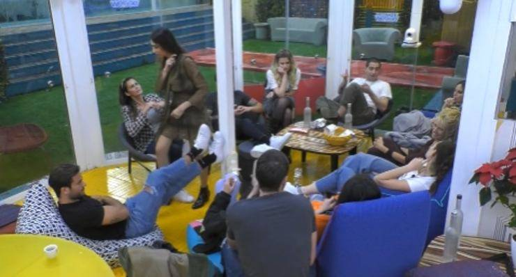 GF Vip, Tommaso Zorzi critica Giulia Salemi: