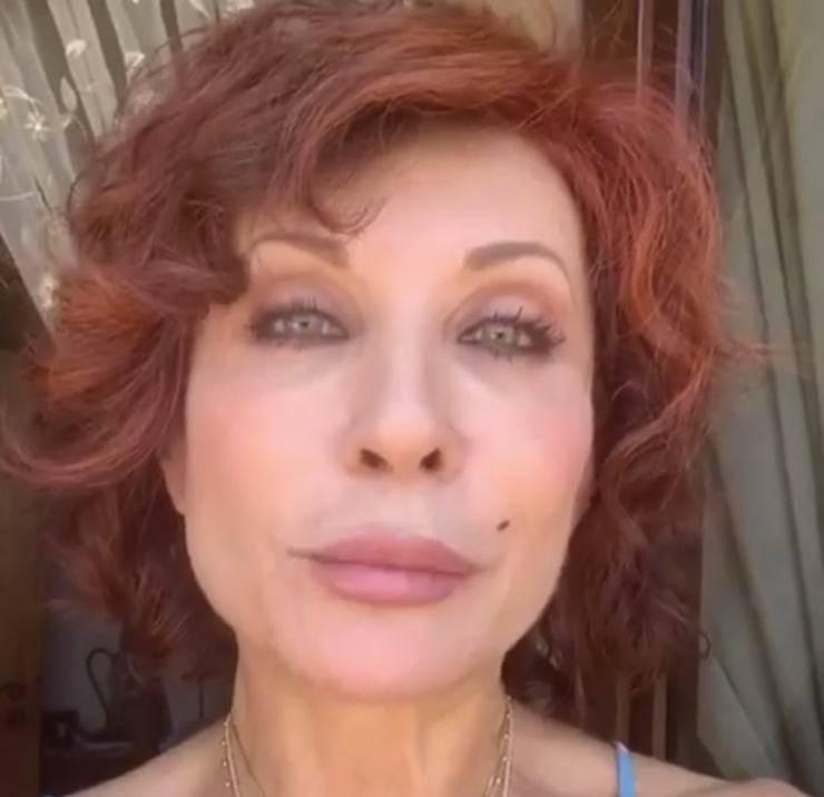 Alda D'Eusanio finalmente rompe il silenzio: le prime parole dopo la squalifica al GF Vip, ecco cos'ha detto la giornalista
